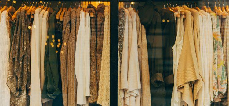 Zimná zbierka šatstva na pomoc rodinám v núdzi