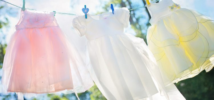 Jarná/letná zbierka šatstva na pomoc rodinám v núdzi